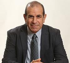 עו''ד גלעד שר
